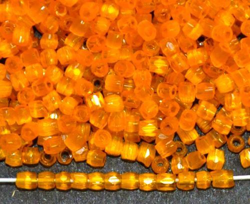 Best.Nr.:18056 3-Cutbeads von Ornella Preciosa Tschechien  Satinglas orange