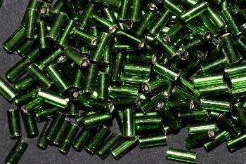 Best.Nr.:21130 Glasperlen / Stiftperlen von Preciosa Tschechien hergestellt, grün mit Silbereinzug