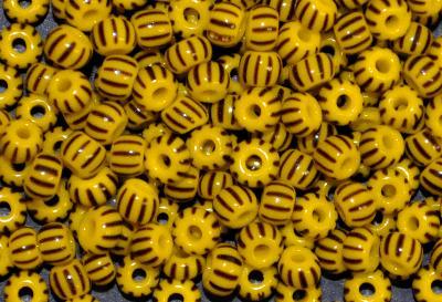 Best.Nr.:13032 Rocailles von Ornella Preciosa Tschechien,  gelb schwarz gestreift