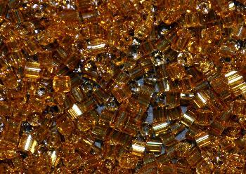 Best.Nr.:41090 Glasperlen / Stiftperlen in den 1950/60 Jahren in Gablonz/Böhmen hergestellt, topas