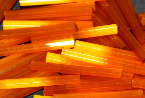 Best.Nr.:21206  Stiftperlen / Bugles von Ornella Preciosa Ornella Tschechien,  Satinglas orange