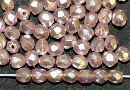Best.Nr.:24149  facettiert Glasperlen mit Wachsüberzug blass rosa perlmutt, hergestellt in Gablonz / Tschechien