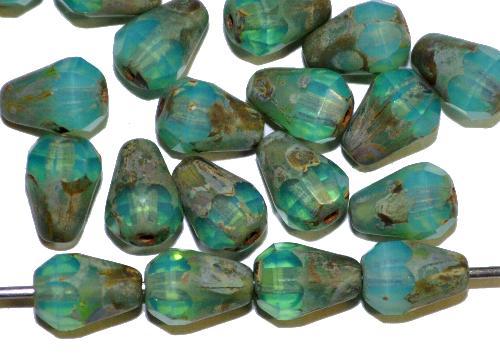 Best.Nr.:26274 Glasperlen Tropfen geschliffen,  Opalglas türkis mit picasso finish,  hergestellt in Gablonz / Tschechien