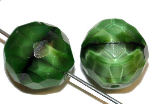 Best.Nr.:26664 facettierte Glasperlen,  Perlettglas grün,  hergestellt in Gablonz / Tschechien