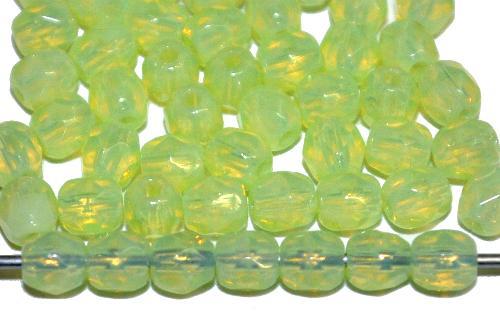 Best.Nr.:26705  facettierte Glasperlen  grüngelb opal,  hergestellt in Gablonz / Tschechien
