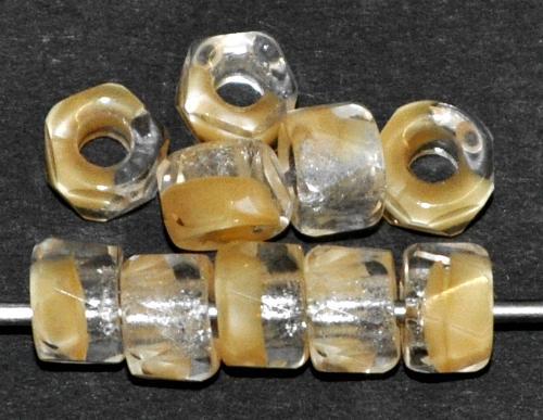 Best.Nr.:27366  facettierte Glasperlen  kristall beige,  hergestellt in Gablonz / Tschechien