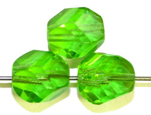 Best.Nr.:27613  geschliffene Glasperlen  grün transp.,  hergestellt in Gablonz / Tschechien