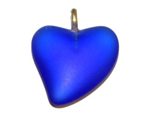 Best.Nr.:34153  Glasanhänger Herz mit Öse,  blau transp mattiert (frostet),  hergestellt in Gablonz / Tschechien