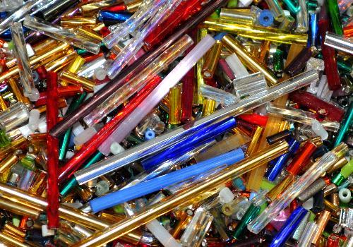 Best.Nr.:42092 Stiftperlen / Bugles / Schnittperlen von Ornella Preciosa Ornella Tschechien,  Farb- und Größenmix