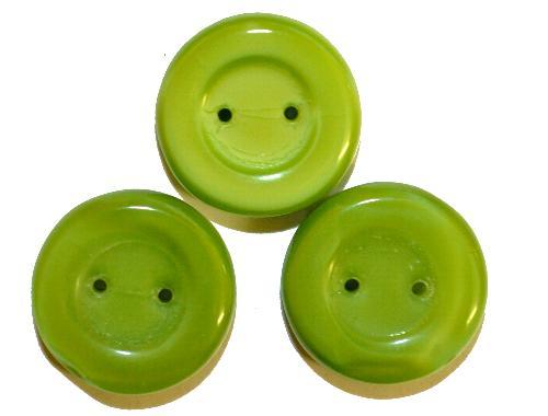 Best.Nr.:47175 Glasperlen Scheibe  grün opak mit zwei Löchern,  hergestellt in Gablonz / Tschechien