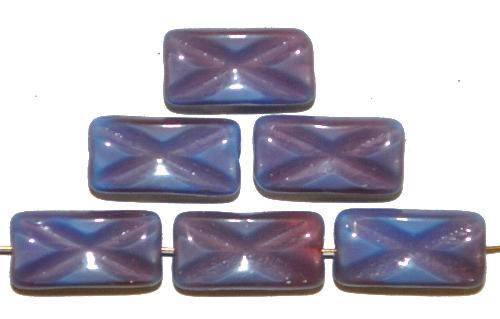 Best.Nr.:49186 Glasperlen Rechtecke,  blau mit etwas rosa und eingeprägtem Kreuz,  hergestellt in Gablonz / Tschechien