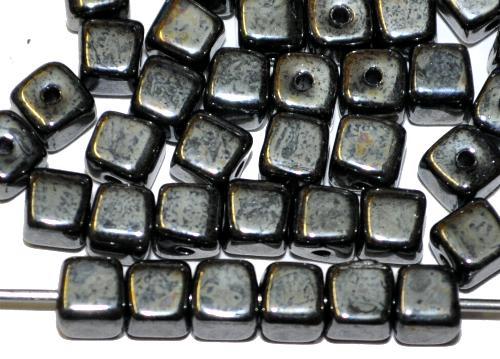 Best.Nr.:49384  Glasperlen Würfel,  schwarz mit lüster,  hergestellt in Gablonz / Tschechien