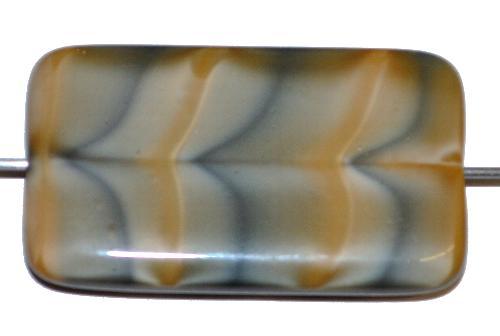 Best.Nr.:49433 Glasperle große flaches Rechteck,  beige grau,  hergestellt in Gablonz / Tschechien