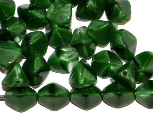 Best.Nr.:49512 Glasperlen Pinchbeads  Dreieckform  dunkelgrün kristall opak,  hergestellt in Gablonz / Tschechien