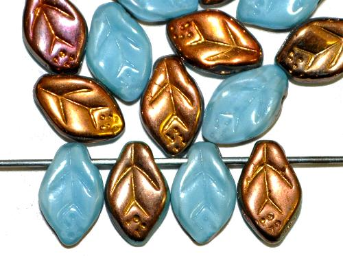 Best.Nr.:50107 Glasperlen Blätter hellbau Perlettglas eine Seite mit metallic finish, hergestellt in Gablonz / Tschechien