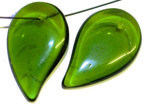 Best.Nr.:50238  große Glasanhänger Tropfen bzw. Blattform  olivgrün transp.,  hergestellt in Gablonz / Tschechien