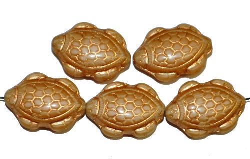 Best.Nr.:51025 Glasperlen Schildkröte,  Vorder-und Rückseite geprägt,  perlettglas beige mit Goldauflage,  hergestellt in Gablonz / Tschechien