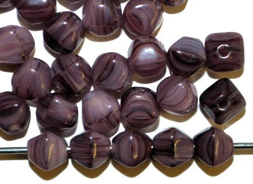 Best.Nr.:54111  Glasperlen Doppelpyramide vierkantig  violett,  hergestellt in Gablonz / Tschechien