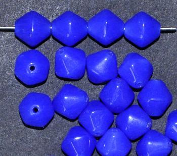 Best.Nr.:54129 Glasperlen Doppelpyramide sechskantig Alabasterglas blau, hergestellt in Gablonz / Tschechien
