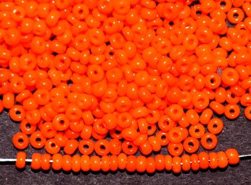 Best.Nr.:61273 Rocailles um 1920 in Gablonz/Böhmen hergestellt,  orange opak