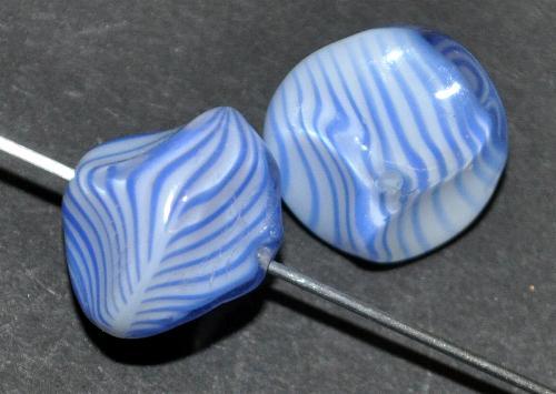 Best.Nr.:63162 Glasperlen,  blau,  in der Zeit von 1940 bis 1970 in Gablonz/Böhmen  hergestellt, (nur wenige auf Lager)