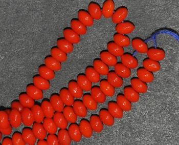 Best.Nr.:63580 Glasperlen Linsen in den 1930/40 Jahren in Gablonz/Böhmen hergestellt, corallrot opak