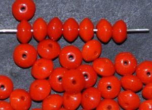 Best.Nr.:63686 Glasperle Linsen, 1930/40 in Gablonz/Böhmen hergestellt, korallrot opak