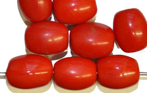 Best.Nr.:63705 Glasperlen Oliven,  in den 1920/30 Jahren in Gablonz/Böhmen hergestellt,  rot opak