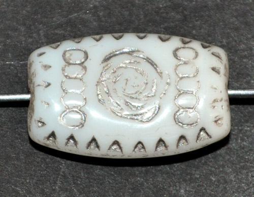 Best.Nr.:63770  Glasperlen geprägt, in den 1920 Jahren in Gablonz/Böhmen hergestellt,  weiß opak,