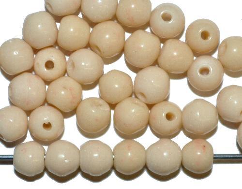 Best.Nr.:63855  Glasperlen rund, beige opak,  in den 1930/40 Jahren in Gablonz/Böhmen hergestellt  (nur einmal auf Lager)
