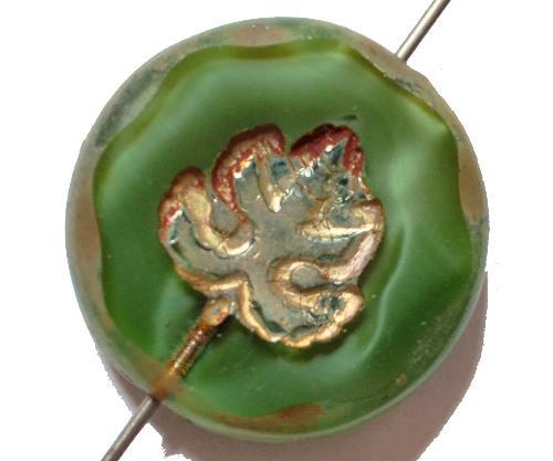Best.Nr.:671140  Glasperlen geschliffen/ Table Cut Beads  Perlettglas grün, mit eingepägtem Blatt und burning silver picasso finish, hergestellt in Gablonz / Tschechien