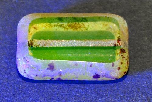 Best.Nr.:671426  Glasperlen / Table Cut Beads geschliffen  Uranglas leuchtet unter Schwarzlicht grünlich mit picasso finish,  hergestellt in Gablonz / Tschechien