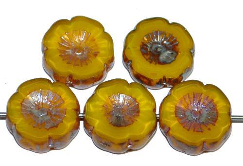 Best.Nr.:67573 Glasperlen / Table Cut Beads Blüten geschliffen Perlettglas gelb mit picasso finish hergestellt in Gablonz / Tschechien