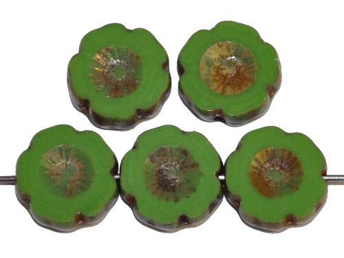Best.Nr.:67589 Glasperlen / Table Cut Beads Blüten geschliffen grün opak mit picasso finish, hergestellt in Gablonz / Tschechien