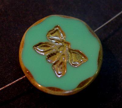 Best.Nr.:67729 Glasperlen / Table Cut Beads türkis opak, mit eingeprägtem Schmetterling, geschliffen mit burning silver picasso finish