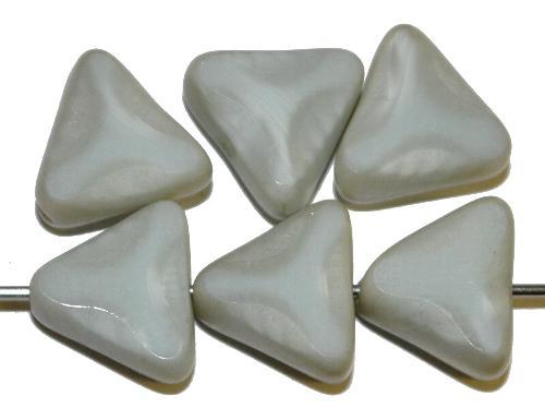 Best.Nr.:67960 Glasperlen / Table Cut Beads geschliffen hellgrau Perlett Rand mattiert mit Silverlüster, hergestellt in Gablonz / Tschechien
