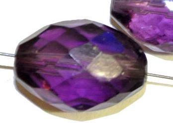 Best.Nr.:76010  geschliffene Glasperlen Oliven, violett transp., um 1920/30 in Gablonz/Böhmen hergestellt,