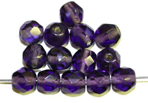 Best.Nr.:76032  geschliffene Glasperlen, violettblau transp., um 1920/30 in Gablonz/Böhmen hergestellt,