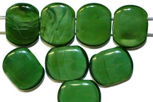 Best.Nr.:79020 Glasperlen mit zwei Löchern,  dunkelgrün opak,  hergestellt in Gablonz / Tschechien