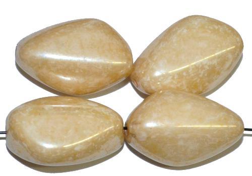 Best.Nr.:57486 Glasperlen Nuggets,  beige mit lüster,  hergestellt in Gablonz / Tschechien