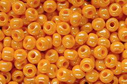 Best.Nr.:03052 Rocailles von Preciosa Tschechien orange /schimmernd (lüster)