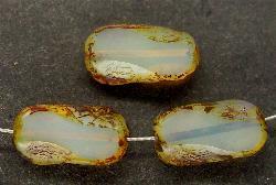 Best.Nr.:67488 Glasperlen / Table Cut Beads Opalglas geschliffen, mit Travertin-Veredelung