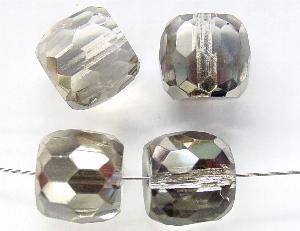 Best.Nr.:28258 Glasperlen facettiert kristall mit Platin Veredelung