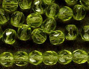 Best.Nr.:27462 facettierte Glasperlen oliv transp.,  hergestellt in Gablonz / Tschechien