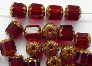 Best.Nr.:25082 facettierte Glasperlen / Barockperlen granatrot mit Bronzeauflage