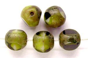 Best.Nr.:26345 Glasperlen olivgrün mit picasso finish 3 Seiten geschliffen, hergestellt in Gablonz / Tschechien