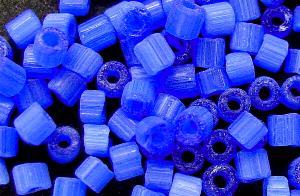 Best.Nr.:16014 Schnittperlen Satinglas blau, hergestellt von Ornella Preciosa Tschechien,