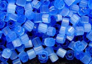 Best.Nr.:16013 Schnittperlen Satinglas blau, hergestellt von Ornella Preciosa Tschechien,