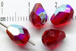 Best.Nr.:28234 facettierte Glasperlen Tropfen  rot transp. mit AB, hergestellt in Gablonz / Tschechien