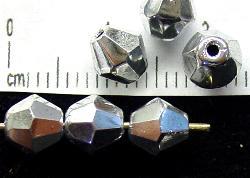 Best.Nr.:28246 geschliffene Glasperlen bicon silberfarben, hergestellt in Gablonz / Tschechien